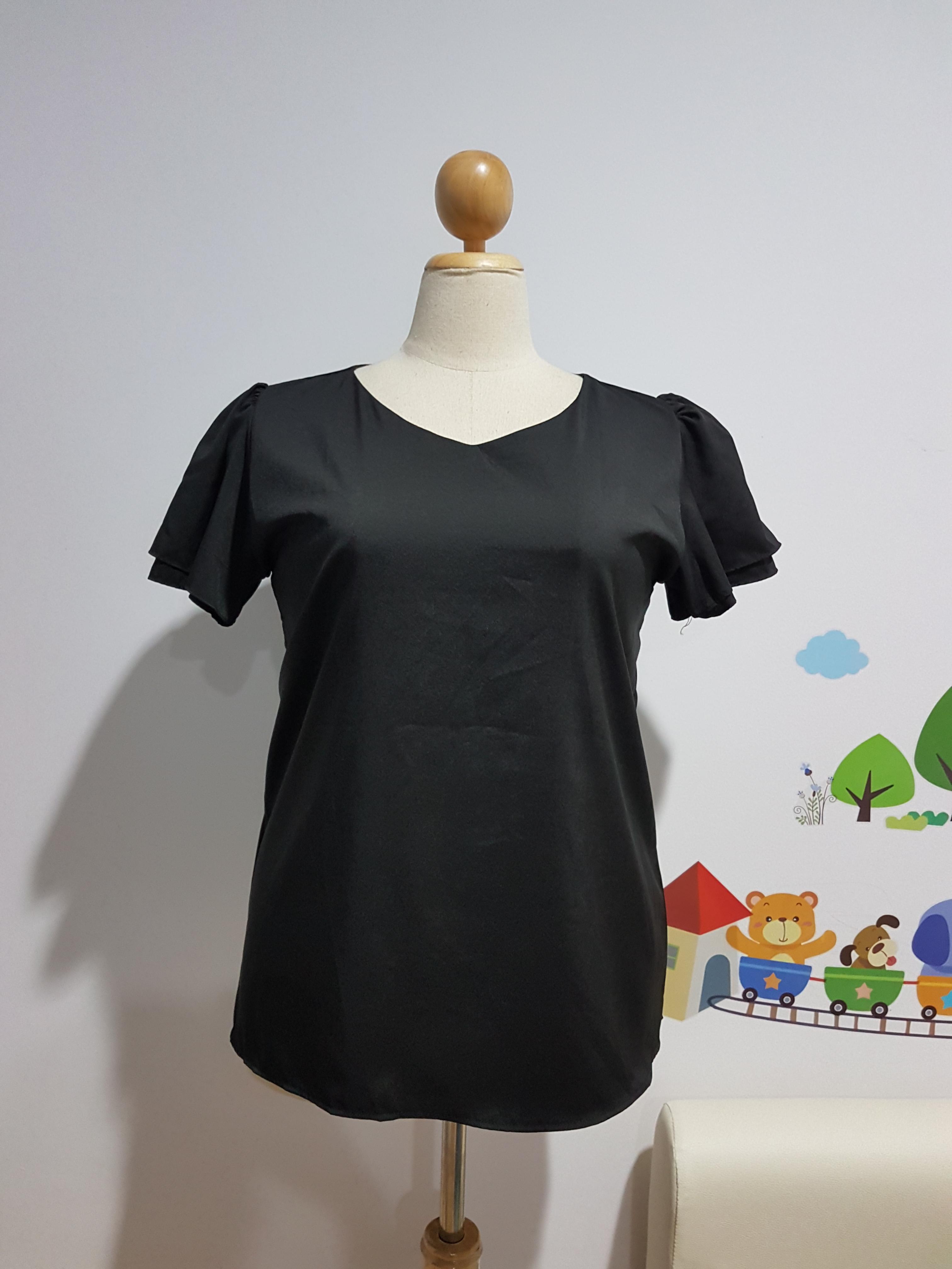 เสื้อ ผ้าไหมอิตาลี คอวี สีดำ อก 48 นิ้ว