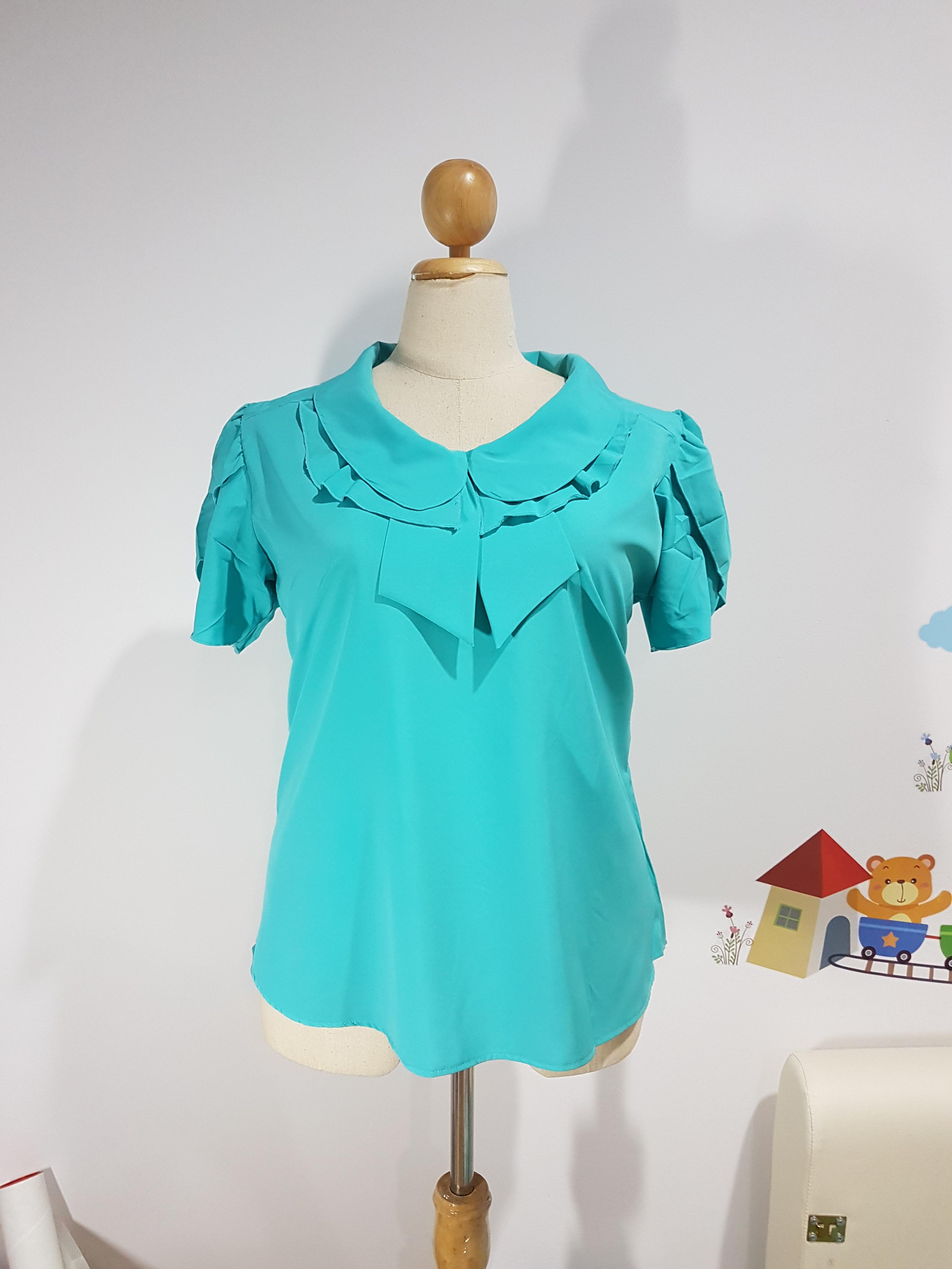 เสื้อ ผ้าไหมอิตาลี คอปกบัวซ้อน สีเขียว ไซส์ XXL อก 50 นิ้ว