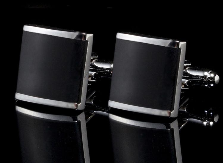 I101 CUFF LINKS สี่เหลี่ยมดำขอบเงิน