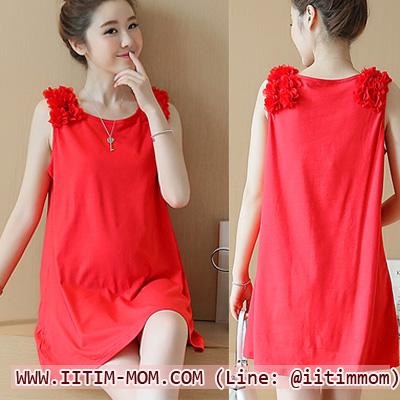 เสื้อกล้ามสีแดงผ้ายืดไหล่ดอกไม้ รุ่นนี้ใส่คู่กับเลกกิ้งสวยมากๆค่ะ