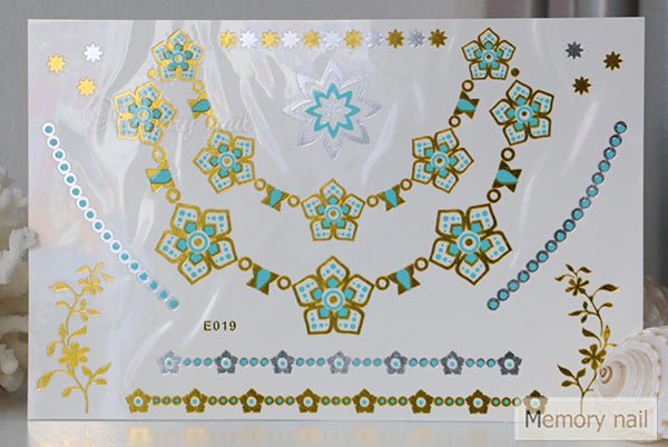 สติ๊กเกอร์แทททูทอง รหัส E-019  สติ๊กเกอร์แทททู เมทัลลิก เงิน ทอง  ลาย เส้น สร้อยคอ สร้อยข้อมือ ทรงดอกไม้