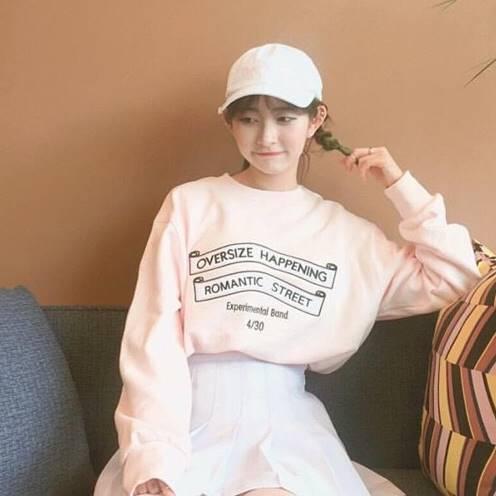 เสื้อแฟชั่น คอกลม แขนยาว OVERSIZE สีชมพู