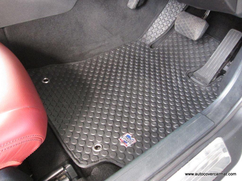 พรมกระดุม Original ชุด Full จำนวน 5 ชิ้น Benz E Coupe 2 Door W 207