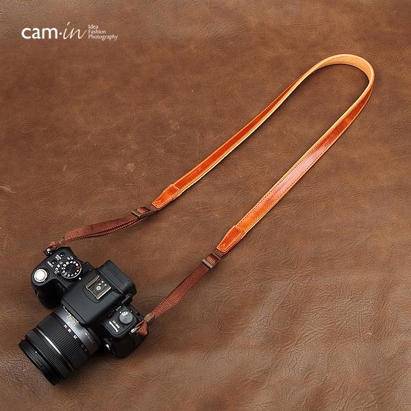 สายคล้องกล้องหนังแท้ cam-in Tiny Leather สายหนังเส้นเล็ก สีน้ำตาลเหลือง