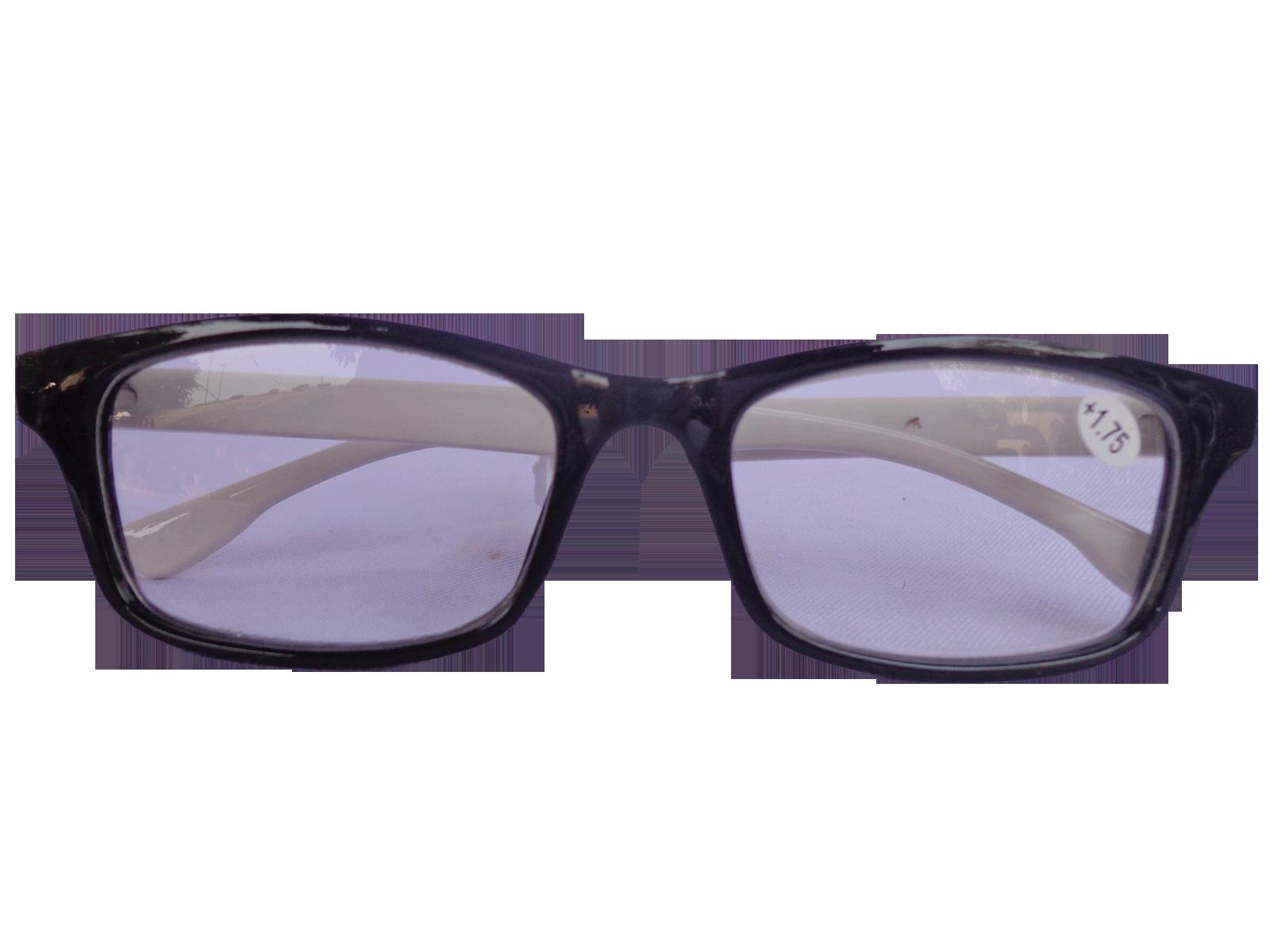 แว่นสายตาแฟชั่น (D+100)