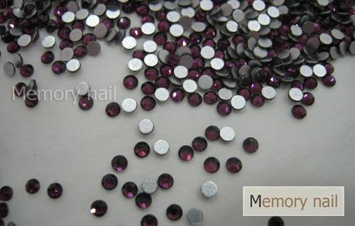 เพชรชวาAA สีม่วง ขนาด ss6 ซองเล็ก บรรจุประมาณ 80-100 เม็ด