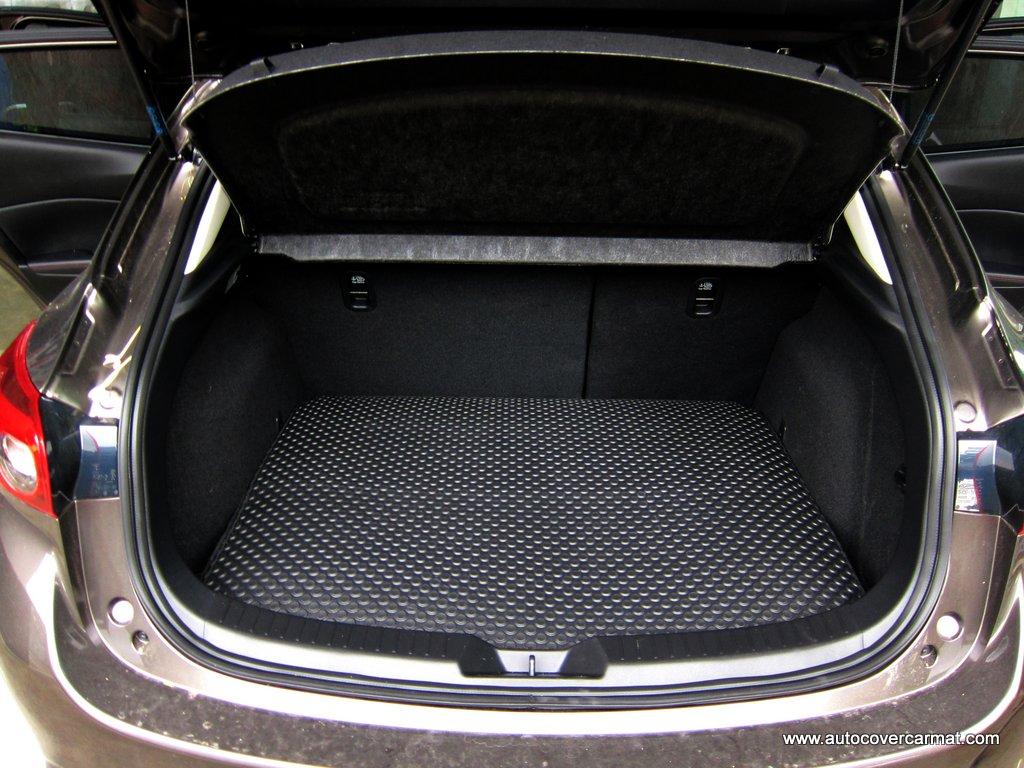 พรมกระดุมแผ่นท้ายสัมภาระ Chevrolet Cruze 2010-2016