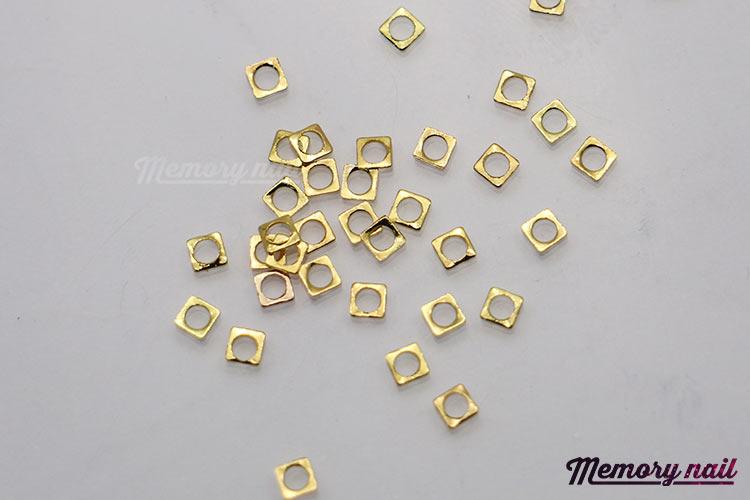หมุดติดเล็บ,หมุดแต่เล็บ,โลหะสีทอง,โลหะแต่งเล็บ,โลหะประดับเล็บ,โลหะแต่งเล็บ,ของแต่งเล็บ,ของตกแต่งเล็บ,อุปกรณ์ตกแต่งเล็บ