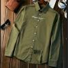 MACFION เสื้อแฟชั่นผู้ชาย เสื้อเชิ๊ต แขนยาว กระดุมหน้า ปักลาย May not original สีเขียว