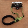 สายคล้องกล้องลดแรงกดคอ ไม่ปวดคอ ไม่ปวดไหล่ สีเขียวอ่อน