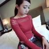 (SALE) เสื้อแขนยาว เปิดไหล่ แต่งลูกไม้ สีแดง