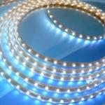 ไฟท่อ LED 3 สาย แบน สีวอร์มไวท์ เกรด A