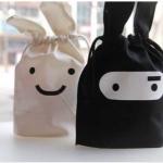 กระเป๋าหูรูด - ถุงผ้าหูรูด กระต่าย สีขาวและสีดำ