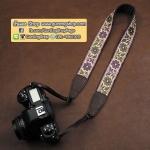 สายคล้องกล้องลายดอกไม้ cam-in Flower Purple Cream