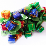 ไฟประดับledรูปกล่องของขวัญสีสลับบรรจุ100ชิ้น/ลัง