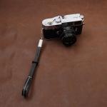 สายกล้องคล้องมือกล้องหนังแท้ Camera Wrist Strap รุ่น Lash สีดำ