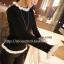 (SALE) เสื้อแขนยาว ผ้ายืด แต่งขอบด้ยผ้าถัก สีดำ (สินค้าจริงขอบเรียบ) thumbnail 1