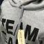 (ภาพจริง) เสื้อกันหนาว แขนยาว บุกันหนาว มีฮูด กระเป๋าหน้า Team Leader สีเทา thumbnail 3