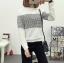 เสื้อแฟชั่น คอกลม แขนยาว ลายชิโนริ สีขาว thumbnail 1