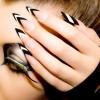 ลายเล็บโทนสี ขาว ดำ black and white nail art ideas