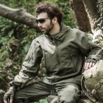 เสื้อแจ็คเก็ตสไตล์แทดเกียร์ สีเขียว