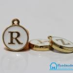 """จี้ ตัวอักษร รูป ตัว """"R"""""""