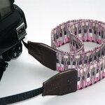 สายคล้องกล้องลายถัก พร้อมส่ง สีชมพู