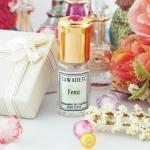 Femi กลิ่นหอมหวานแต่ดูหรูหรามีระดับ ทั้งอบอุ่นและน่ากอด น้ำหอมโทนฟรุตตี้ที่สุดแสนหรูหราและน่ารักในเวลาเดียวกัน