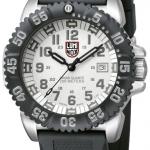 นาฬิกา Luminox รุ่น LUMINOX 3157 Men's White Numeral Steel Colormark Watch (สินค้าหายาก)