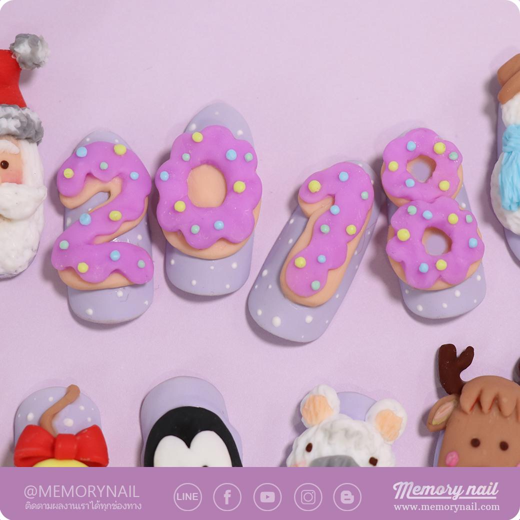 Christmas Nail Art ,ลายเล็บ วันคริสมาสต์,ลายเล็บ,สีเจล,สีเจลทาเล็บ,ลายเพ้นท์เล็บ,ลายเล็บปั้นนูน,ปั้นนูนเจล