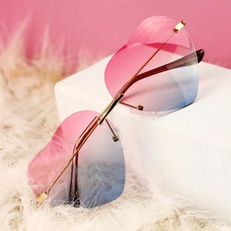 แว่นตา รูปหัวใจ ฮาราจูกุ (Harajuku) สีชมพู-ฟ้า