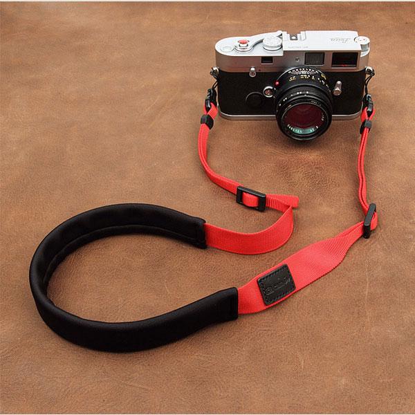 สายคล้องกล้องลดแรงกดคอ ไม่ปวดคอ ไม่ปวดไหล่ สีแดง