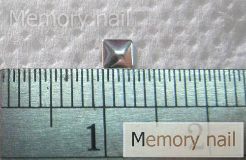หมุดติดเล็บ เหลี่ยม สีเงิน  ขนาด 3 มิล