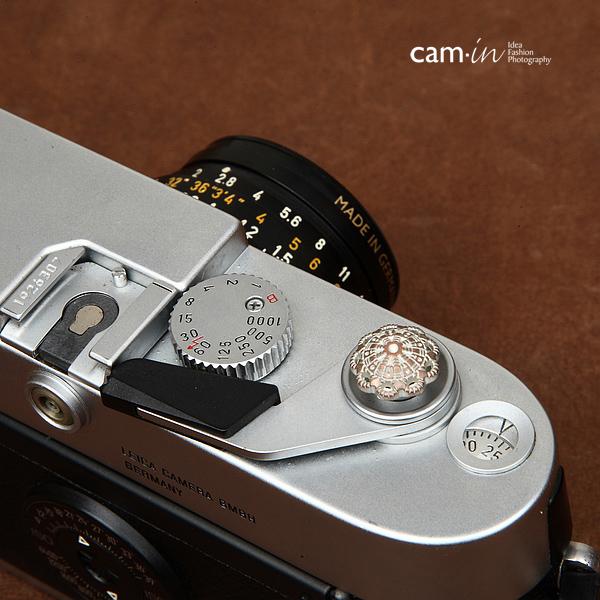 Soft Shutter Release Button รุ่น 13 mm ลาย Silver Snowflake ใช้กับ Fuji XT20 XT10 XT2 XE2 X20 X100 XE1 Leica ฯลฯ
