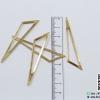 จี้โลหะ สไตล์มินิมอล ( minimal style ) รูปสามเหลี่ยม สีทอง