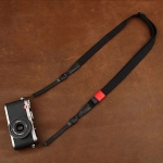 สายคล้องกล้อง รุ่น Universal - กล้อง Mirrorless กล้องฟรุ้งฟริ้งและกล้องเล็ก สีดำ