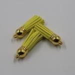 พู่ห้อยกำมะหยี่ สีเหลือง จุกสีทอง ขนาด 3.5 cm.