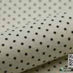 ผ้าสักหลาด พิมพ์ลายจุดเล็ก สีขาวครีม