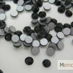 เพชรชวาAA สีดำ ขนาด ss8 ซองเล็ก บรรจุประมาณ 80-100 เม็ด